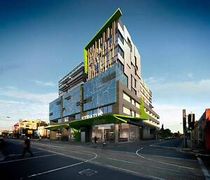 6 MONTHS LEASE FOR THE BIGGEST APARTMENT IN THIS COMPLEX Brunswick East Moreland Area Preview