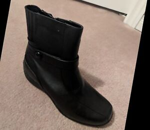 Blondo Women's Anita Ankle Boot Size 6.5