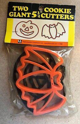 "Vintage Giant 5 3/4"" Halloween Pumpkin Bat Cookie Cutters - Ullman Co - Unopened"