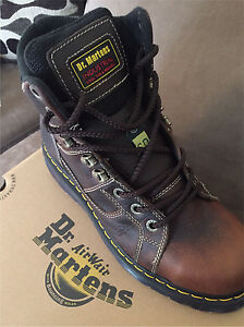 NEW size 8 Dr Martens safety boots