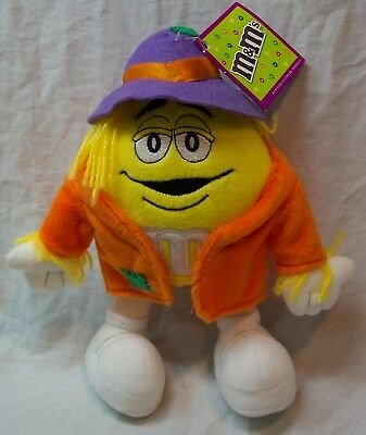Simpsons Halloween Characters (M&M's YELLOW M&M CHARACTER AS SCARECROW 9