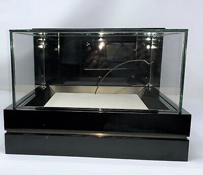 Eyewear Or Jewelry Top Of Counter Display Highlighter Case