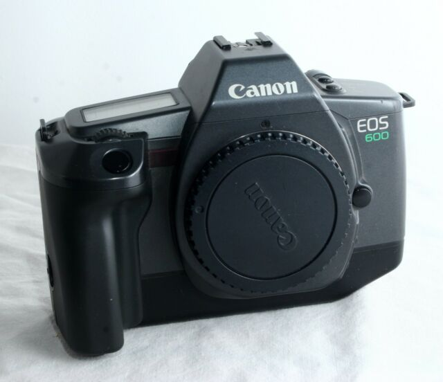 Canon EOS 600 SLR Film Camera in excellent condition. A really nice example