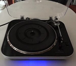 TURNTABLE Record Player IT INNOVATIVE TECHNOLOGY Works Perfect