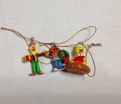 3 Christmas tree mini Ornaments Sesame Street Big Bird Bert Ernie 2