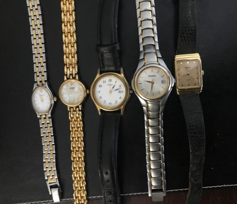 Lot Of 5 VINTAGE Pulsar By Seiko Watches  Stainless & Leather ALL WORKING