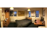 1 Bedroom £92pw students only INCLUDES ALL BILLS in House 74 St James's Street Nottingham