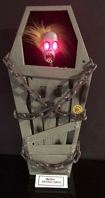 RARE GEMMY SCREAMING COFFIN ZOMBIE Motion Activated Animated Halloween Prop - Coffin Props