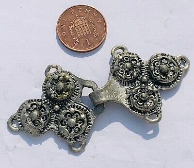VINTAGE NORWEGIAN TINN (PEWTER) BUCKLE VIKING INSPIRED CLOCK CLASP - LOT 23