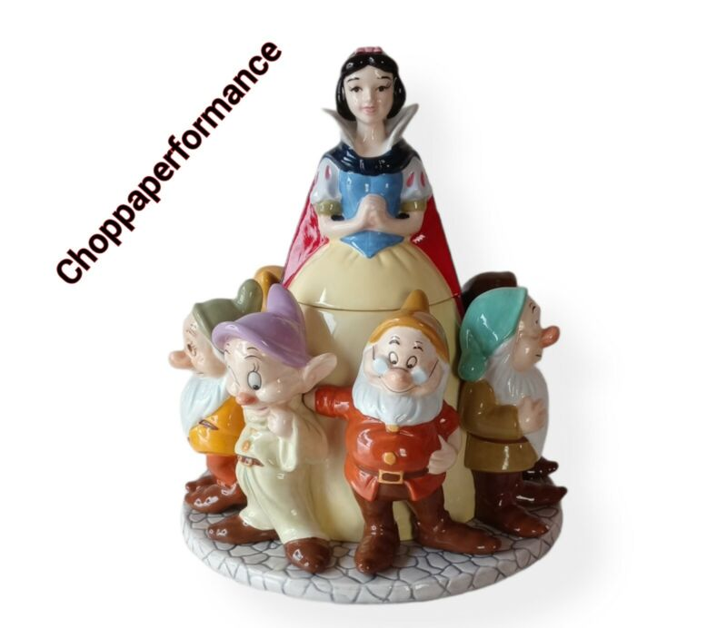 Disney Snow White and the Seven Dwarfs Cookie Jar With Box