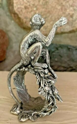 Reed & Barton silverplate monkey napkin ring pre-owned 1824 series