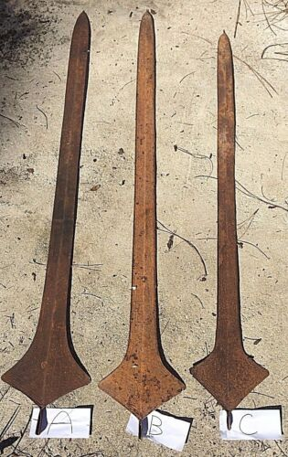 PRIMITIVE GIANT LIGANDA (CONGO - AFRICA) SPEAR MONEY / BRIDE