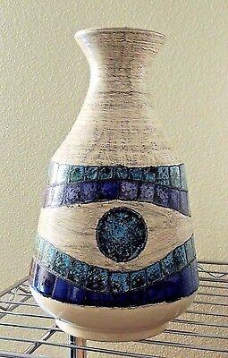 Vintage Eduardo Vega (Ecuador) Art Pottery Mid Century Modernist Vase