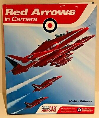✈️ RAF RED ARROWS IN CAMERA Hardback PERSONALLY SIGNED by ENTIRE DISPLAY TEAM