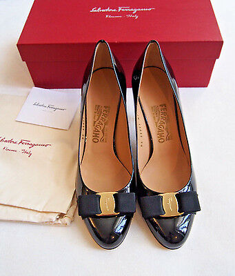 NIB $595 Authentic Salvatore Ferragamo Carla Bow Black Size 8.5B