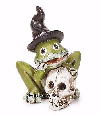 Halloween Frog  w Skull & Witch Hat DA 30034849 Miniature Fairy Garden Dollhouse