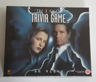 The X-Files Trivia Game on Video - VHS Board Game - First Edition usato  Spedire a Italy
