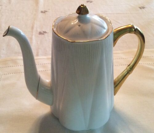 Shelley Regency Dainty White w/ Gold Trim Bone China Large  Coffee Pot and Lid