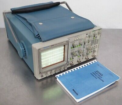T163031 Tektronix 2245a 100 Mhz Four Channel Oscilloscope