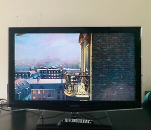 Samsung TV in perfect condition