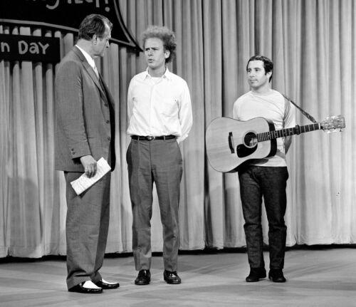 Simon & Garfunkel -  MUSIC PHOTO #8