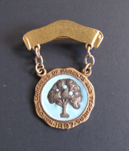 VINTAGE NATIONAL CONGRESS OF PARENTS AND TEACHERS 1897 NSF 10K GOLD PIN AWARD