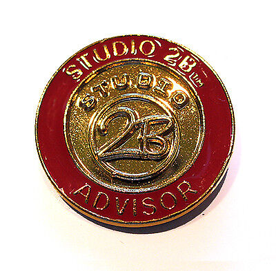 Official PIN Girl Scout Studio 2B ADVISER, CHRISTMAS GIFT to Leader Adult Mentor