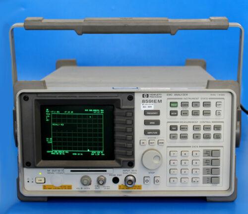 HP Agilent 8591EM EMC Analyze 9 kHz to 1.8 GHz, +30 dBm opt 8ZE / Nice Condition