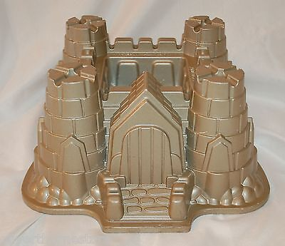 Nordic Ware Castle Bundt Pan Cake Pan Sand Castle Cake Pan 10 Cup Made in USA