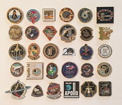 LOT of 30 NASA LAPEL PINS Space Shuttle STS Missions Apollo Skylab Navstar ++++ Space Shuttle Mission Pin