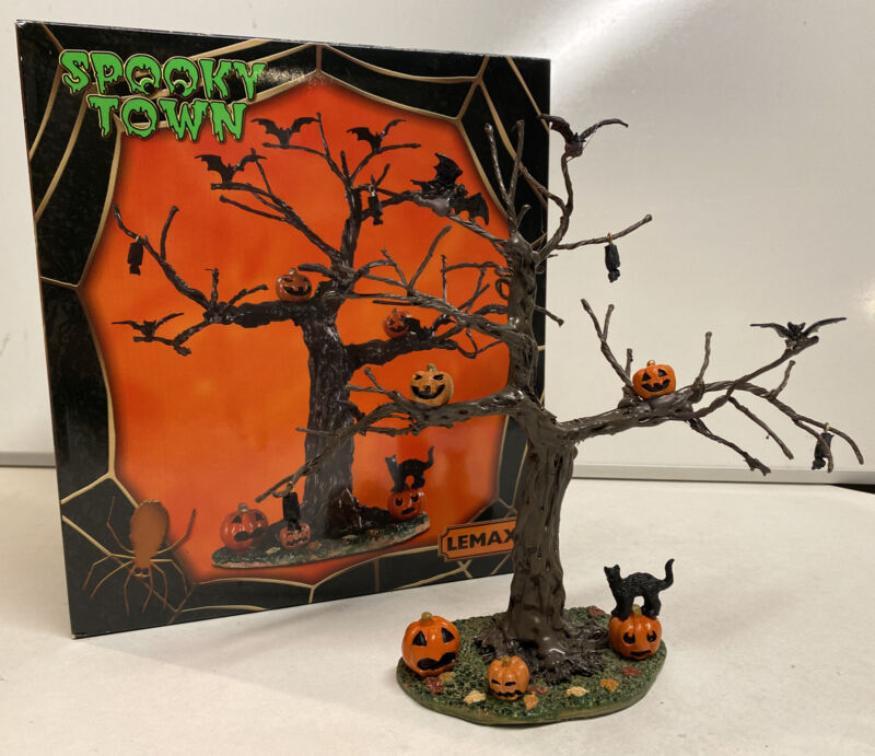 Lemax Spooky Town 2019 Batty For Pumpkins Tree