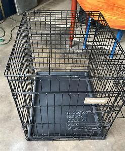 """Cage à chien Petmate 21""""x18""""x24"""""""