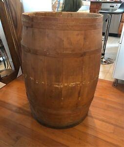 Tonneau/Baril /Barrel en bois