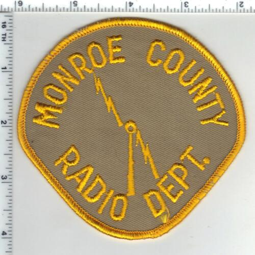 Milwaukee County Radio Dept. (Wisconsin) 1st Issue Shoulder Patch