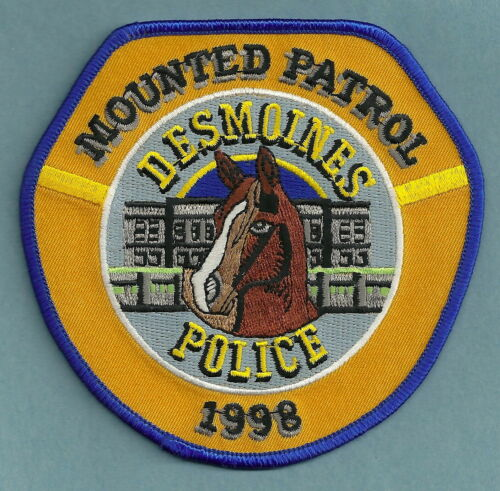 DES MOINES IOWA POLICE MOUNTED PATROL SHOULDER PATCH