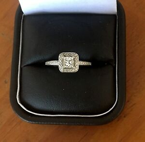 Diamond ring Holbrook Greater Hume Area Preview