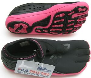 New 1 Pair Fila Skele-toes Women Athletic Shoes AMP or Agility Selected Sizes