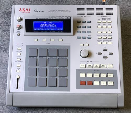 Perfectly Working Akai MPC3000 sampler Drum Machine With New LED SCREEN LCD disp