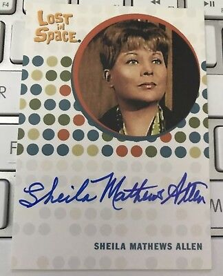 THE COMPLETE LOST IN SPACE SHEILA MATTHEWS ALLEN RUTH TEMPLETON AUTOGRAPH Card