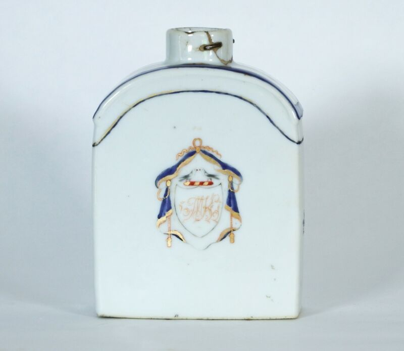 Antique Chinese Porcelain Armorial Tea Caddy w/Staple Repair