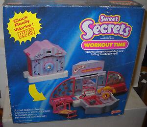7946-NRFB-Vintage-Galoob-Sweet-Secrets-Workout-Time-Playset-with-Doll