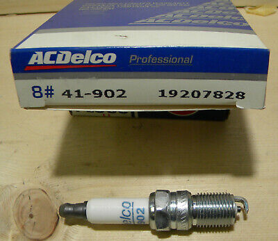 AC Delco 41-902 Platinum Spark Plug Set of 8 for Chevy GMC Cadillac New