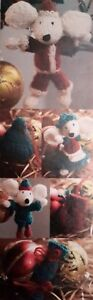 Knitting Pattern CHRISTMAS MICE AND DECORATIONS IN DOUBLE KNITTING