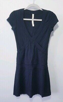 Lululemon Dance Pulse Dress Size 4 Black Short Sleeve V Neck