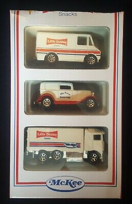 HOT WHEELS 3 PACK LITTLE DEBBIE SNACKS McKEE DELIVERY SEDAN TRUCK  HAULER (AB1)