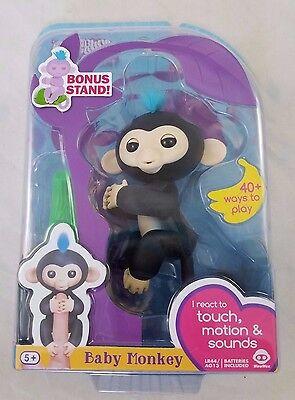 Fingerlings Baby Interactive Monkey Finn Black 40 Sounds Bonus Stand Finger Toy