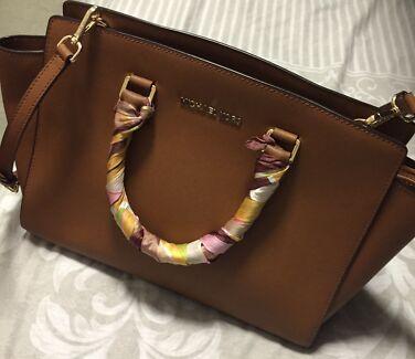 MK handbag/ brown bag Sydney City Inner Sydney Preview
