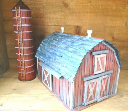 O SCALE Old Red Barn with Silo Vintage Handcrafted