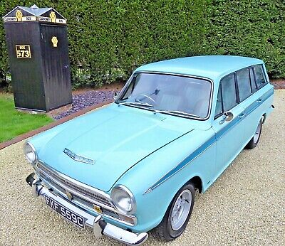 Ford Cortina MK1 Estate ( Superb, fitted Zetec, 5 speed, RS running gear )