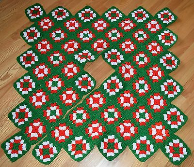 VTG 1990s Granny Square Christmas Tree Skirt Acrylic Vegan 60 Block Crochet